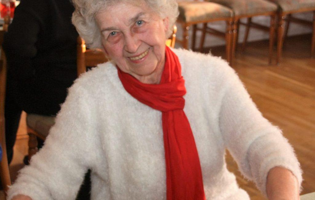 """""""Dass es uns heute gut geht, ist nicht vom Himmel gefallen."""" Gerda Wolterhoff für 65 Jahre Mitgliedschaft geehrt"""