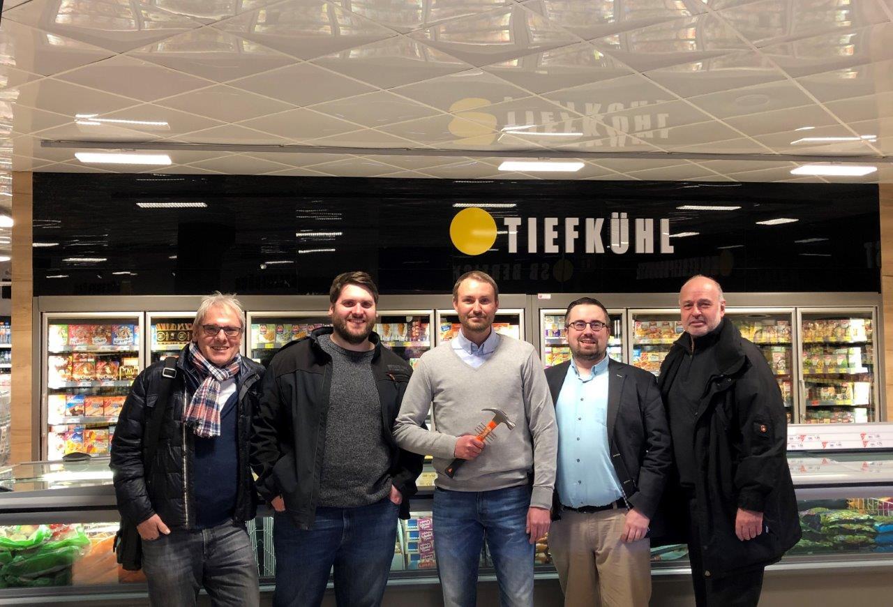 Im neuen Markt (v.l.n.r.): Siegmund Braune, Thorben Braune, Alexander Uttrodt, Jan Scholte-Reh und Horst Meyer.