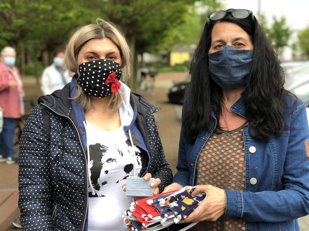 Bilderstrecke: Alltagsmaske gegen Spende – Bruckhausen legt mal wieder einen drauf!